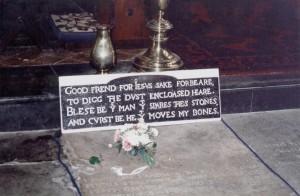 Shakespeare-Tomb-Stratford